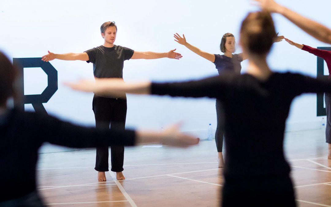 Stage de danse mené par Clinton Stringer / Compagnie Rosas | TAP